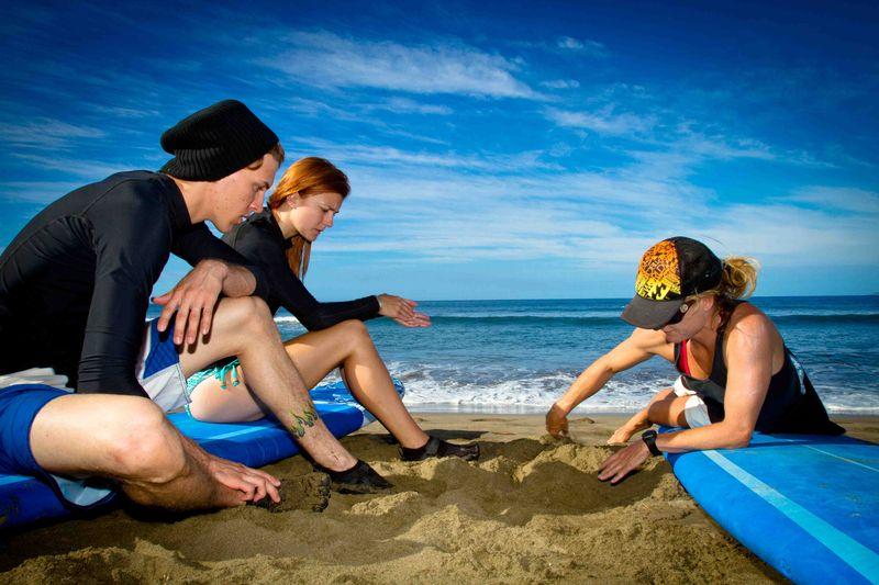 Maui Surf Lessons | Couple Surf Lessons
