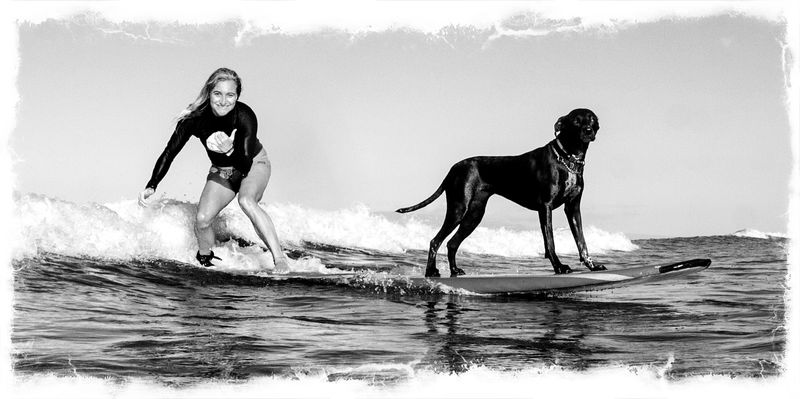 Luna Surfs with Dustin Blk and White